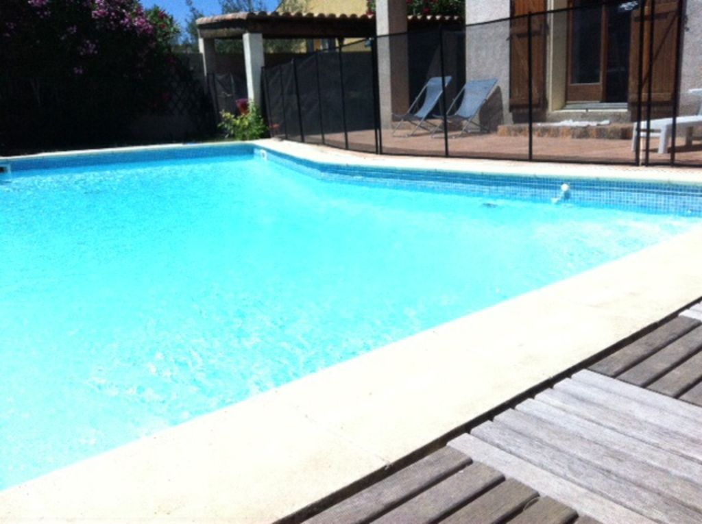 Villa 5 chambres piscine 5x10 m ze location de for Prix piscine 5x10