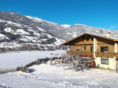 Photo for Apartment Haus Pendl (MHO550) in Mayrhofen - 7 persons, 2 bedrooms