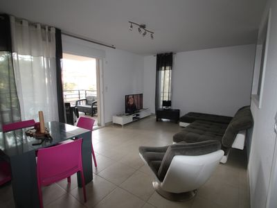 Photo for Bright apartment ideally located 5 minutes from the beach