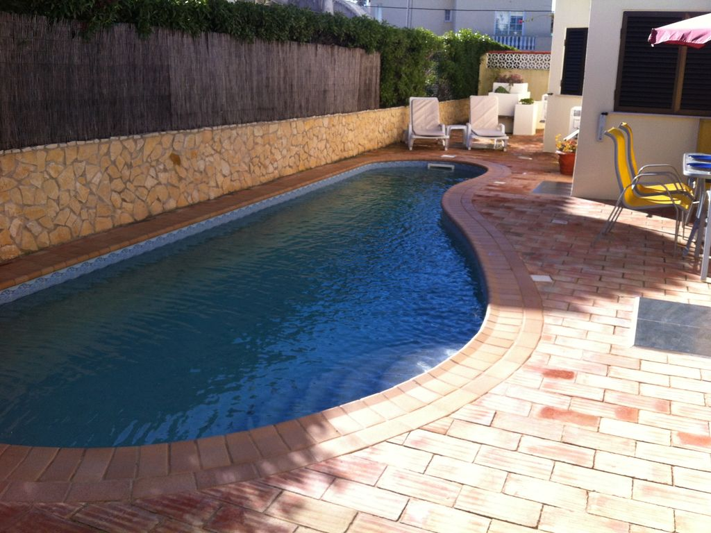 P11256 cozy family villa with 4 bedrooms private pool for Virtual swimming pool design