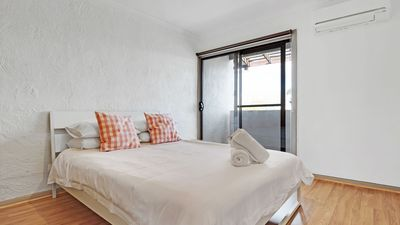 Photo for Adelaide Holiday Homes - One Bedroom Apartment