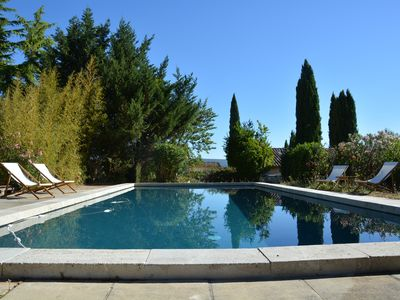Photo for Independent studio on domain with pool - 10 min center Aix en Provence