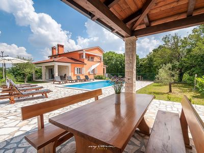 Photo for Cosy family villa with private pool near Labin