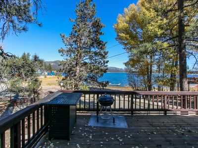 Photo for Lakeshore Cabin 3BR Pool Table/Hot Tub/Fenced/Dock