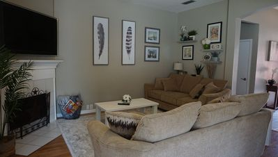 Photo for Centrally located! Only 1 mile from Globe Life Park and AT&T Stadium!
