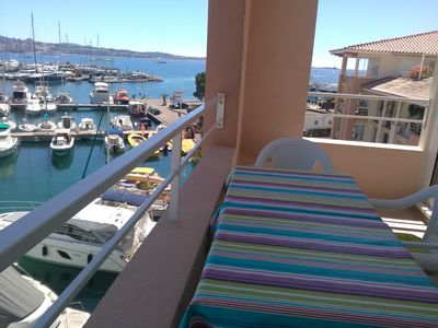 Photo for Stunning sea view, direct access to the beach, air-conditioned, swimming pool, wifi, parking