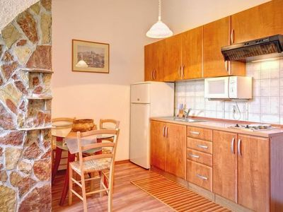 Photo for Apartment KARSIOLE in Pula - 4 persons, 2 bedrooms