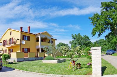 Photo for Brand new apartment in pittoresque village Bulići