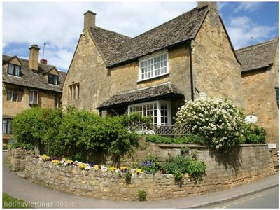 Photo for Grade II Listed Luxury Cotswolds Self Catering Accommodation. VisitEngland 4****