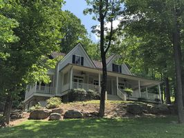 Photo for 4BR House Vacation Rental in Hot Springs, Virginia