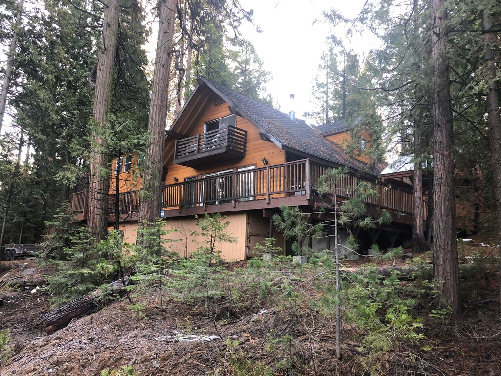Cozy Cabin Perfect For Large Families Shaver Lake
