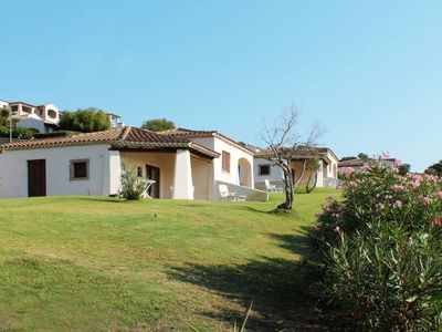Photo for One bedroom Villa, sleeps 4 with Pool and Air Con