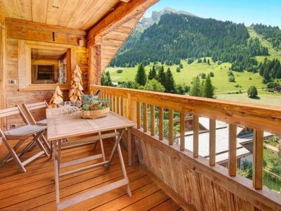 Photo for Apartment La Clusaz, 4 bedrooms, 8 persons