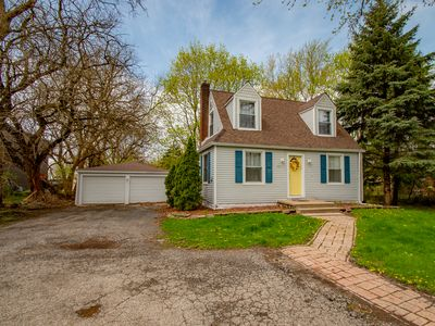 Clean & Comfortable Merrillville/Hobart/Valpo Cape Cod Close to Everything