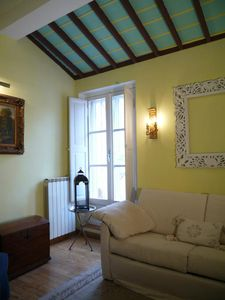 Photo for Jesus, very central, bright and quiet apartment with a lovely terrace, just 150 metres from Pantheon
