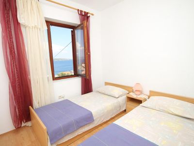 Photo for Two bedroom apartment with terrace and sea view Sali, Dugi otok (A-8152-b)