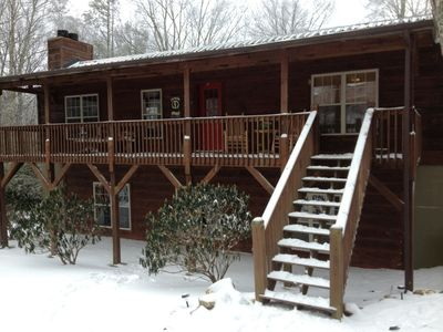 Photo for Three bedroom Mountain Lodge.  Three full bath rooms.  Hot tub