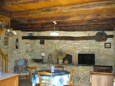 Photo for Old bread oven 2/3 pers in pleasant place, pool near Sarlat