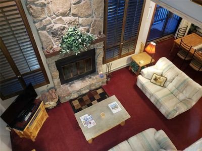 Photo for Cascade Villlage - 3bd 3ba remodeled kitchen - Amazing mountain Views!
