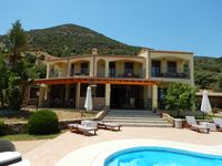 Fantastic stay in large villa.