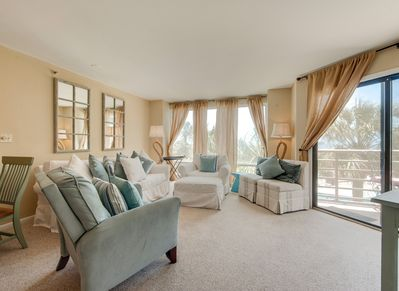 Living Room with Ocean Views and Access to Balcony at 1201 Villamare