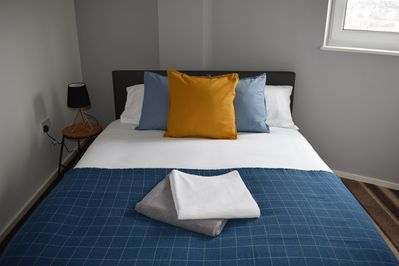 Bedroom #2 with Double bed and Egyptian cotton bedding