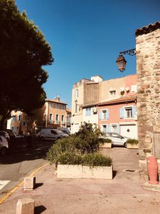 Photo for Tropezienne apartment + terrace in the heart of Frejus