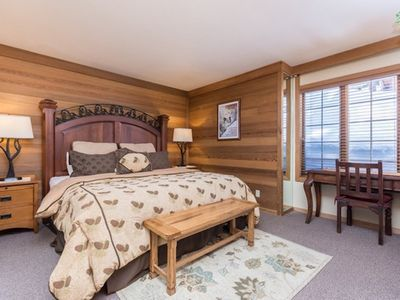 Photo for SKI-IN SKI-OUT CANYON LODGE! 7 Bed Sleep 8+ Luxury Cabin @ Shaun's Spot