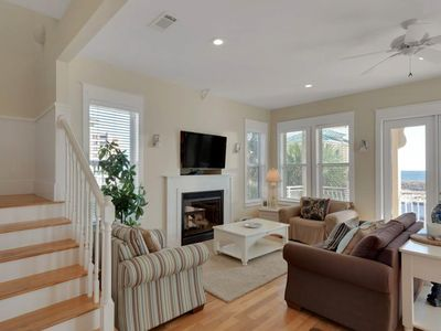 Photo for 3-Bedroom Home Located in Destin Pointe, Near shops and dining!