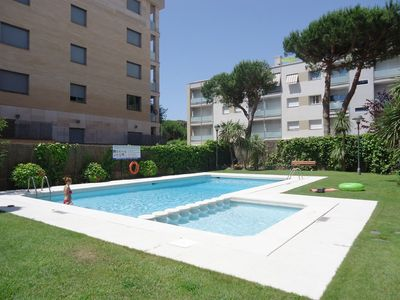 Photo for Beautiful apartment with terrace and near the beach