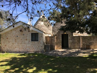 Photo for Beautiful Trullo del Nonnino immersed in nature