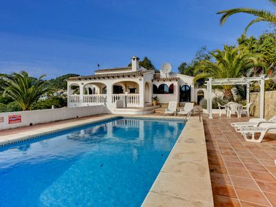 Photo for Located in a quiet residential area close to the San Jaime golf course, Casa Azurro is an attractive