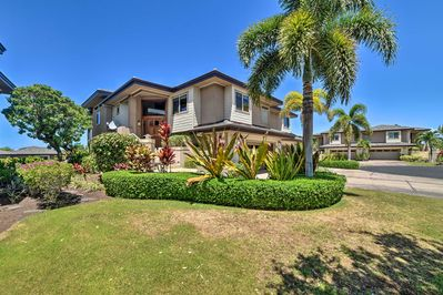 Stay at this chic 3-bedroom, 3.5-bathroom villa on your visit to the Big Island.