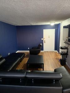 Photo for Cozy Apartment 10 minutes away from NYC's Time Square (42nd Street)