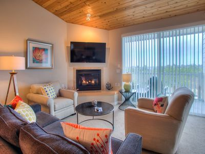 Photo for Bay Views & Charming Accents create a Relaxing Vacation!