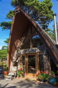 Photo for Classic sixties A-frame, close to Heceta Beach - Helsman's Hide-A-Way