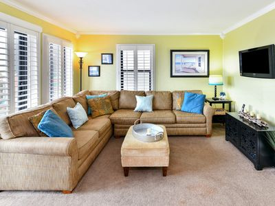 MYRTLE BEACH RESORT 321-A/ BEAUTIFUL CONDO, GREAT VIEWS, TONS OF AMMENITIES.
