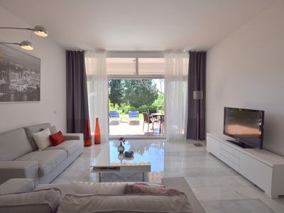 Photo for House, 3 terraces, directly on golf course, swimming pool, tennis. Close to beach