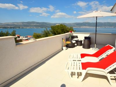 Photo for Apartment Anđa  in Trogir/Slatine, Central Dalmatia - 4 persons, 2 bedrooms