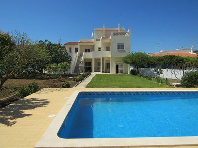 Photo for Beach at 200 m - large garden with pool - family friendly - well maintained
