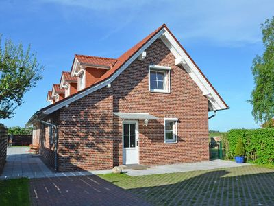 Photo for Holiday home Lobbe F 544 WG 04 with large terrace - LB04