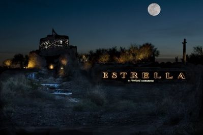 The welcoming Starlit Tower as you enter Estrella!
