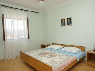 Photo for Two bedroom apartment with air-conditioning Metajna (Pag)