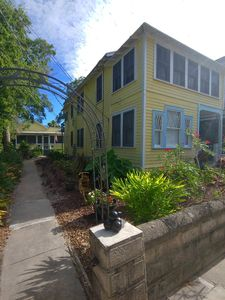 Photo for Casa Tranquila, Walk Everywhere Sleeps 4, Parking, Comfy and Stylish Uptown Area