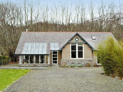 Photo for 1 bedroom property in Crieff. Pet friendly.