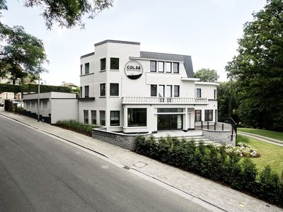 Photo for Beautiful mansion with sauna and huge garden on the Kluisberg