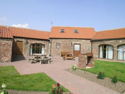 Photo for 2 bedroom property in Flamborough. Pet friendly.