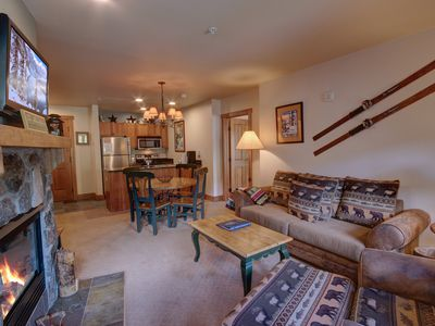 Photo for Red Hawk Lodge 2249, Free Wifi, Heated Pool, KING bed, Walk to Gondola, Sleeps 8 by Summitcove Vacation Lodging