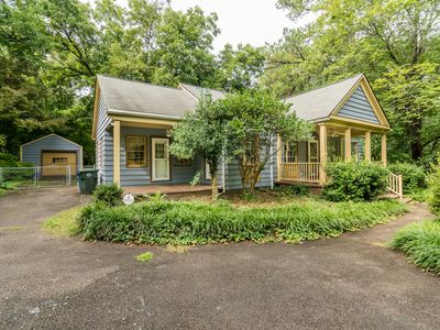 Photo for Cute Craftsman Cottage convenient to downtown Raleigh