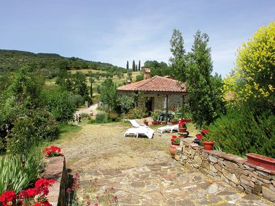 Photo for Cosy apartment for 13 people with private pool, TV, pets allowed and parking, close to Montalcino